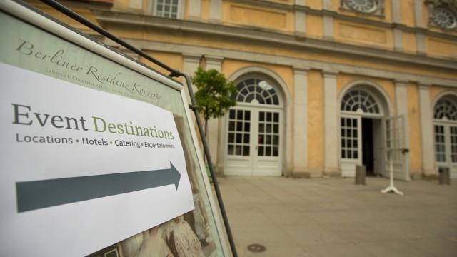 Am 28. August 2013 öffnete die Orangerie im Schloss Charlottenburg für die Destination Roadshow Berlin ihre Türen! Es präsentierten sich Convention Bureaus, Event-Locations, Kongresszentren, Hotels und andere Dienstleister aus verschiedenen […]