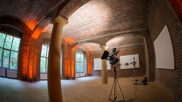 Eine Eventlocation, die ihresgleichen sucht Der wunderschöne Bau aus dem Jahre 1836, inmitten von Berlin kann seit geraumer Zeit auch als Eventlocation gemietet werden. In Zusammenarbeit mit Rent4Event und kalynworksentstanden […]