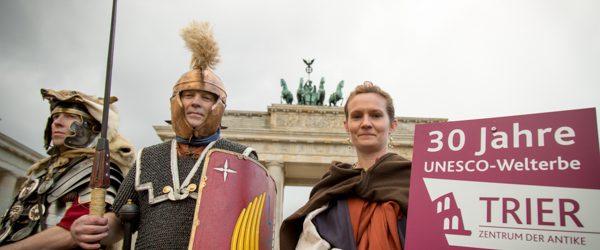Fotoshooting in Berlin anläßlich des Jubiläums 30 Jahre UNESCO Welterbe TRIER.